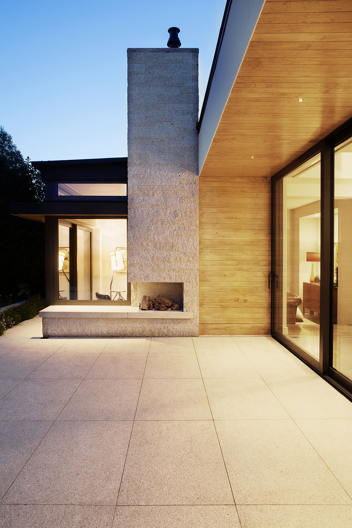 DMVF Architects Brand Photography: Exterior image by Ruth Maria Murphy